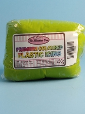 Plastic Icing Coloured Leaf Green 250g