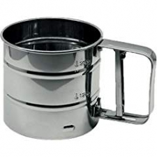Sieve with handle